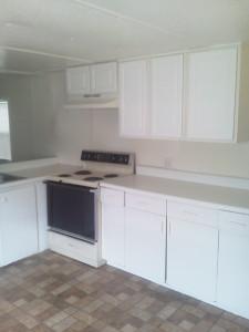 7951 Hart Rd kitchen