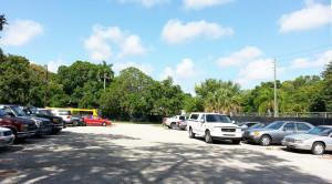 1828 Evans Unit B parking